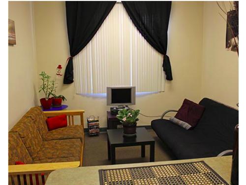 Holly Apartments Tampa Interior And Setup Ideas