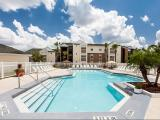 Ravenna Apartments Orlando Exterior and Clubhouse